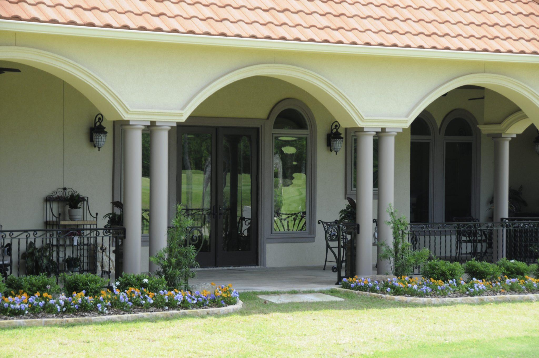 Bayless Custom Homes - Custom Homes Tyler - The White Home Close Up