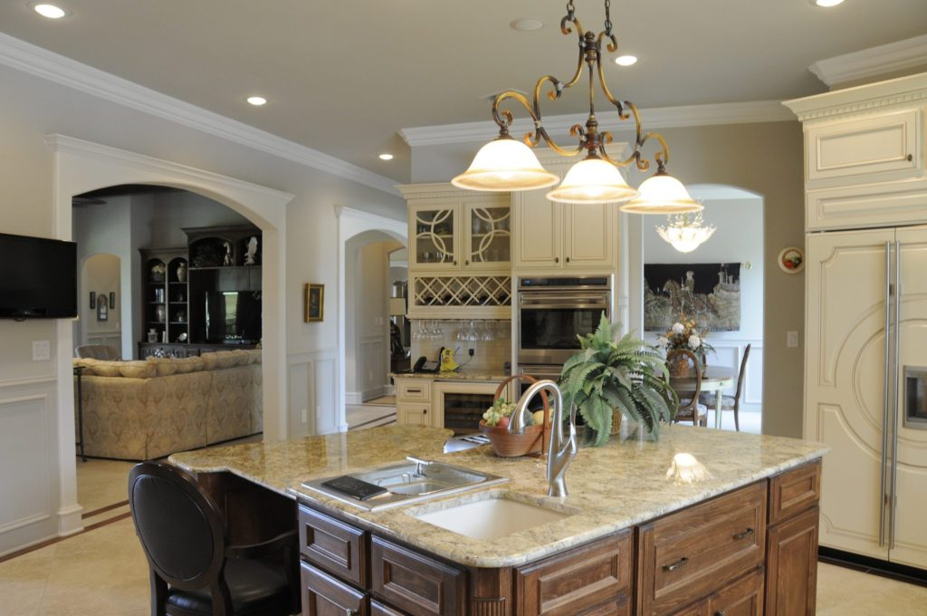 San Antonio Custom Home Builders Bayless Custom Homes - Custom Homes Tyler - The White Home Kitchen Version 2